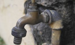 Carrefour-Feuilles (Fouchard): l'eau potable se fait rare.- Par Stéphanie Charles