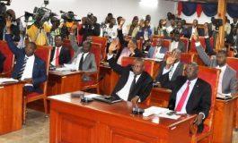 La loi organique de l' UCREF votée au Parlement