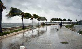 Irma laisse la Floride dévastée, inondée et pleurant des morts