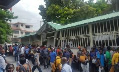 Des haitiens envahissent la DGI, ce vendredi 29 septembre 2017
