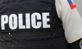 Un des policiers accusésde meurtres à Grand-Ravine est en cavale