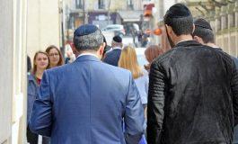 Face à l' antisémitisme, des familles juives contraintes à déménager