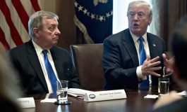 Trump dément  et Senateur Durbin le dement