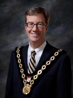 Le maire d'Ottawa proclame le 18 mai 2018 « Journée du drapeau haïtien «
