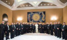 Scandale catholique: Démissions en bloc des évèques du chili