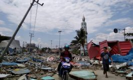 832 morts après le séisme suivi de tsunami en Indonésie, un bilan qui s'alourdit encore et encore