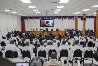 A peine en vacance, les députés sont convoqués par le Président Jovenel Moïse