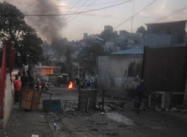 Carrefour-Feuilles : 2 jours de paralysie totale, les habitants en ont marre