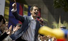 Venezuela : Juan Guaido n'exclut pas une intervention militaire des États-Unis