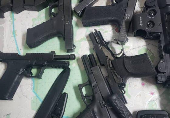 Arrestation de huit individus armés par la PNH