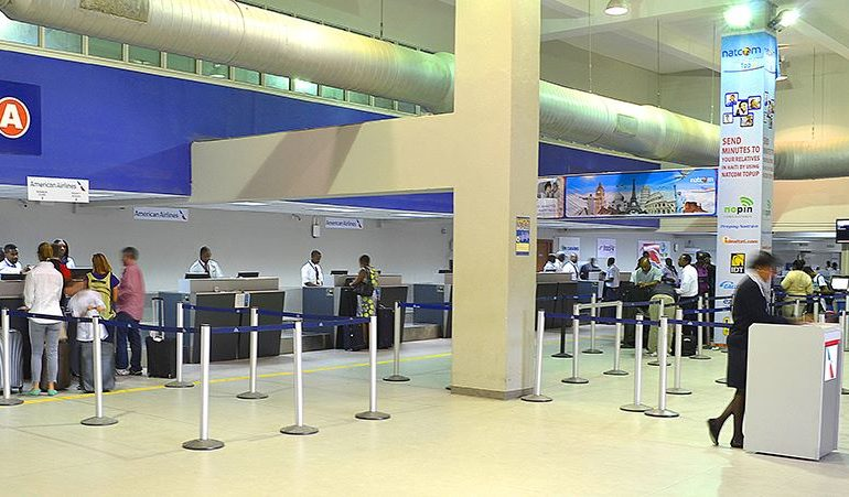 Manifestations 6, 7 juillet : L'aéroport Toussaint Louverture maintient son fonctionnement