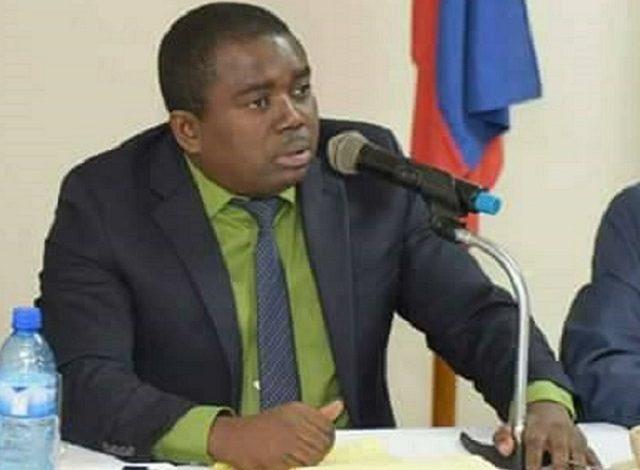 Rejet de la commission du Président, par le secteur démocratique et Populaire