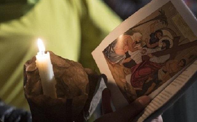 Sur le chemin de la croix, sans rara, sans croisades…