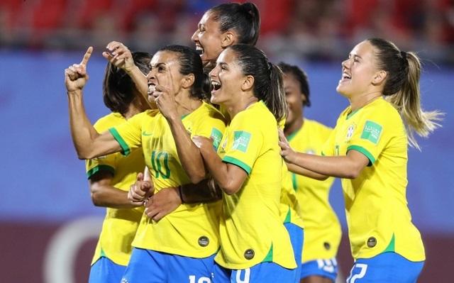 Foot – Brésil : l'adoption de l'égalité salariale entre Hommes et Femmes dans le football Brésilien