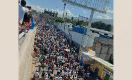 Des milliers d'haïtiens ont marché contre la dictature