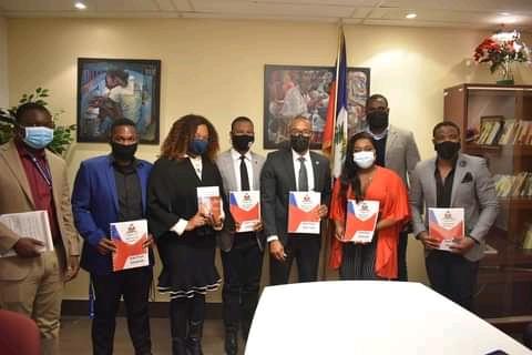 Nouvelle Constitution: le Consul Général d'Haïti à Montréal a reçu l'association NSK