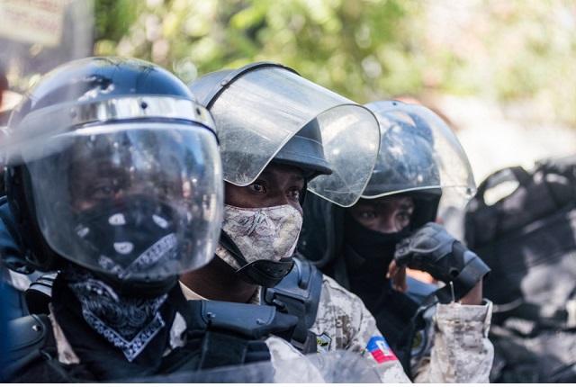 Des policiers meurent à Village de Dieu, des défenseurs de droits humains réagissent