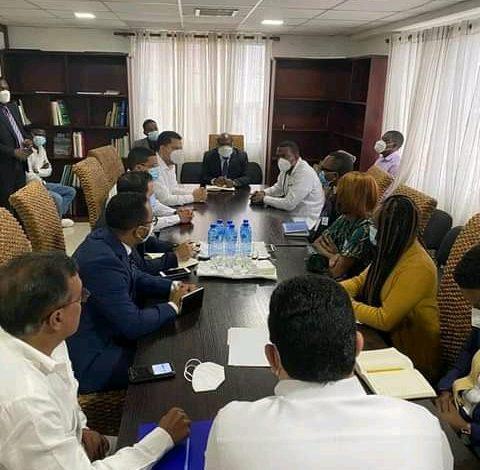 Vers un visa permanent pour les étudiants haïtiens en République Dominicaine