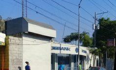 Une succursale de la Sogebank vandalisée à Martissan