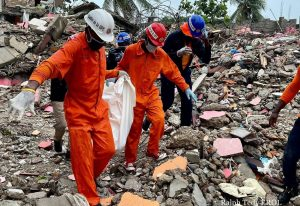 72 heures après le séisme