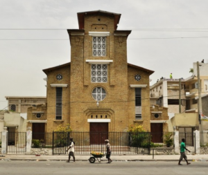 Attaque contre la 1ère Église de Port-au-Prince : un mort, des blessés enregistrés et une personne enlevée