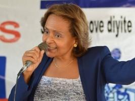 Le parti politique «Fanmi Lavalas» signe l'accord du 30 août
